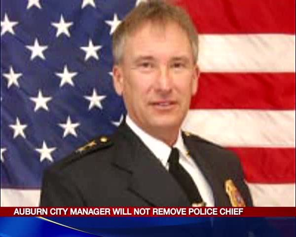 Auburn City manager will not remove police chief_20160112233808
