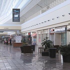 Shoppingtown Mall in DeWitt _8199547583578984111