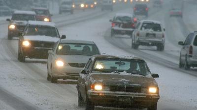 Cars-in-snow-jpg_20161210142733-159532