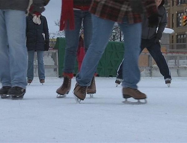 Clinton Square Ice Skating Rink_4705289570149483525