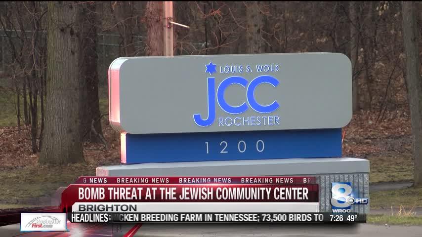 Breaking- Bomb Threat a the JCC_43765672-118809282