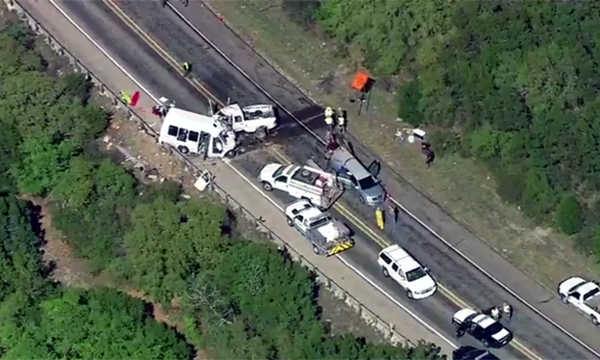 Texas church group crash ksat_1490827540201-159532.jpg64453051