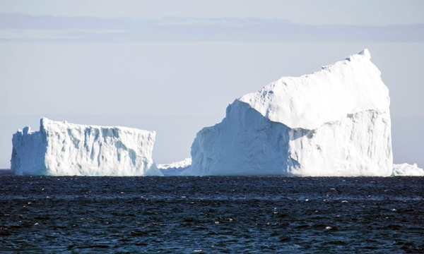 Huge iceberg Canada_1492638593965-159532.jpg34448889