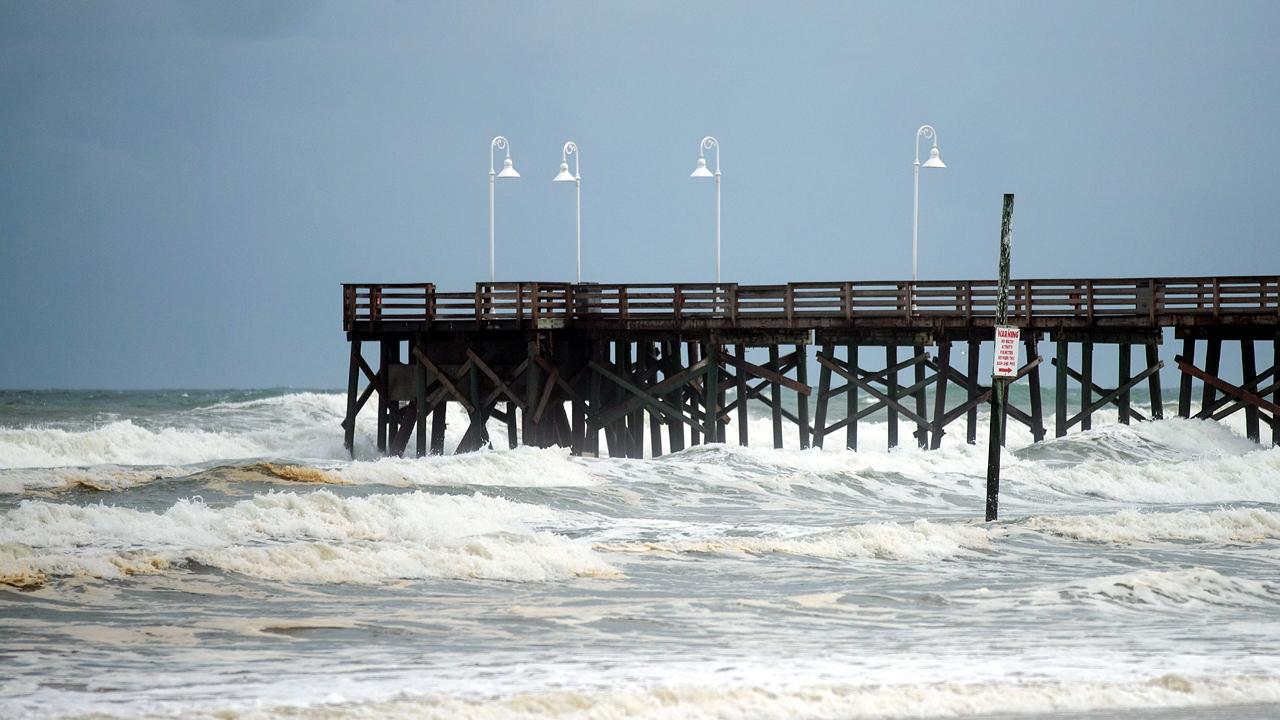 Daytona Beach Pier Hurricane Matthew-159532.jpg90409467