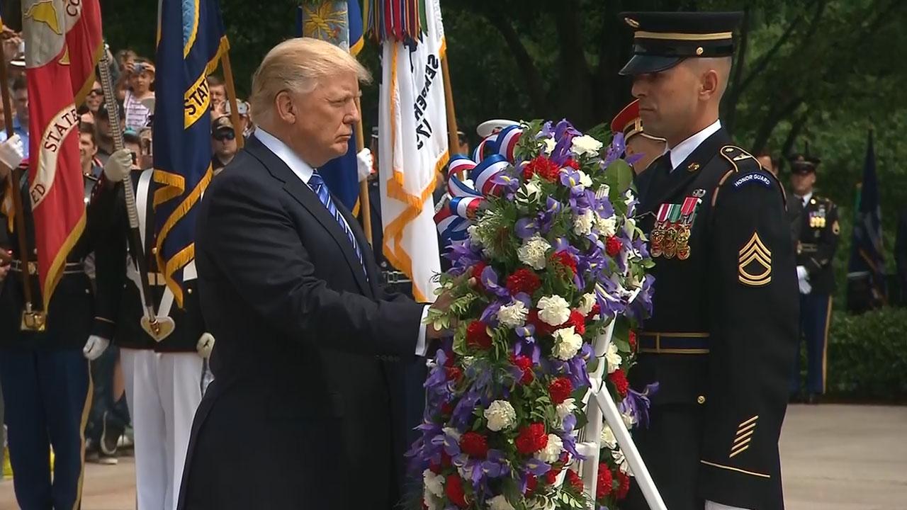 Donald Trump lays wreath at Arlington61907989-159532