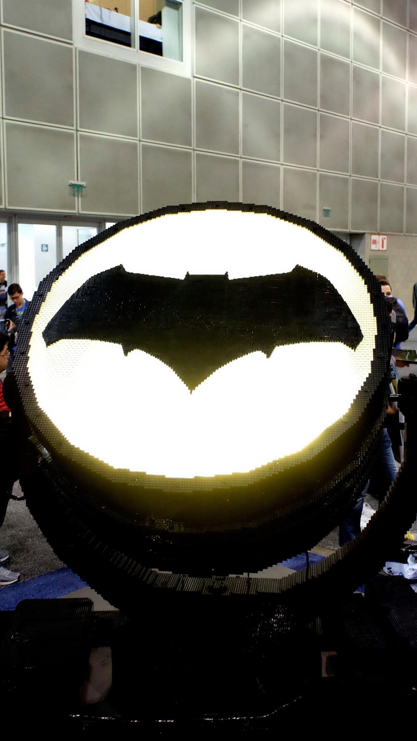 bat signal94362288-159532