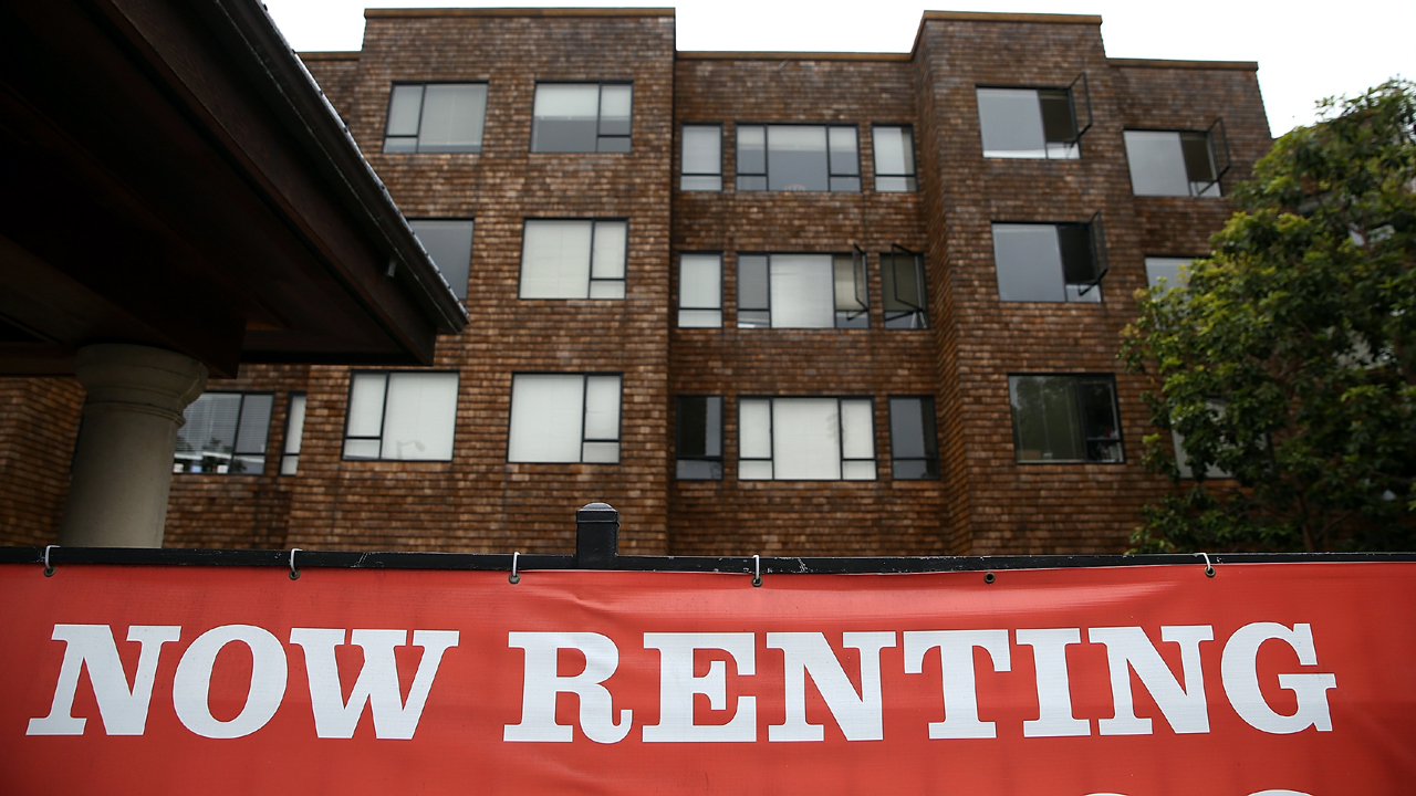 Apartments now renting-159532.jpg90859421
