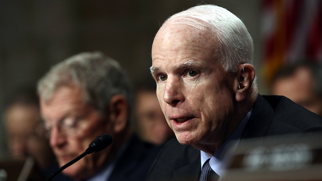 Arizona Senator John McCain in 2016-159532.jpg21415724