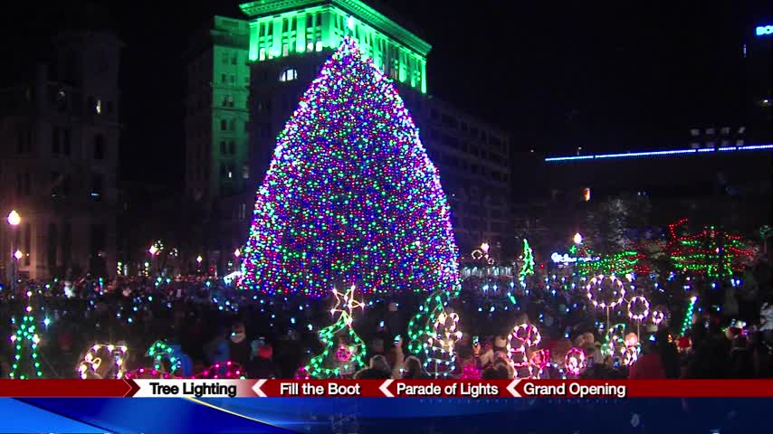 Tree lighting ceremony: a Syracuse tradition