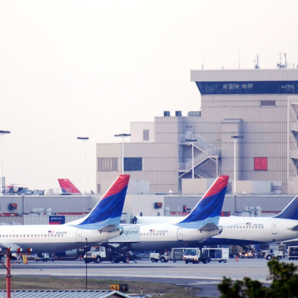 Atlanta Hartsfield-Jackson International Airport, Atlanta, Georgia, airplanes58468178-159532