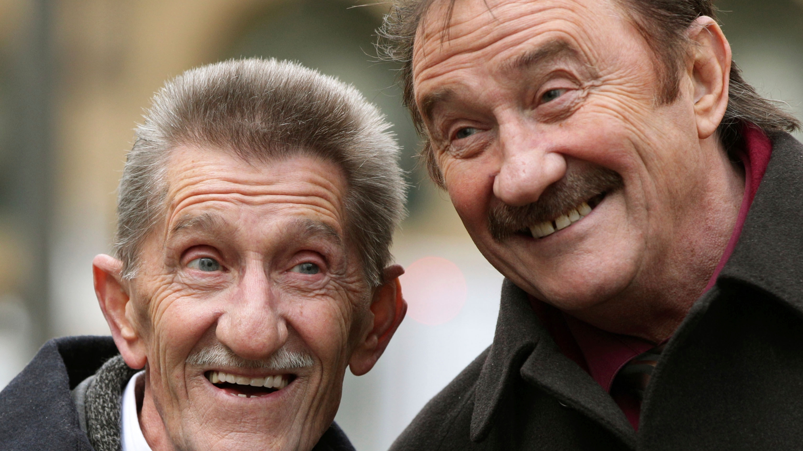 Britain_Obit_Chuckle_Brother_09111-159532.jpg35184826