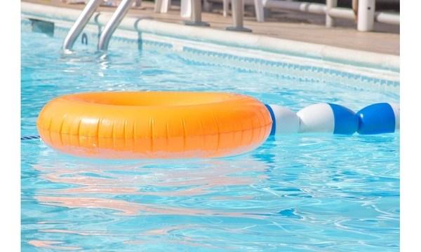 swimmingpool_1529673729562_46321150_ver1.0_640_360_1535907183218.jpg
