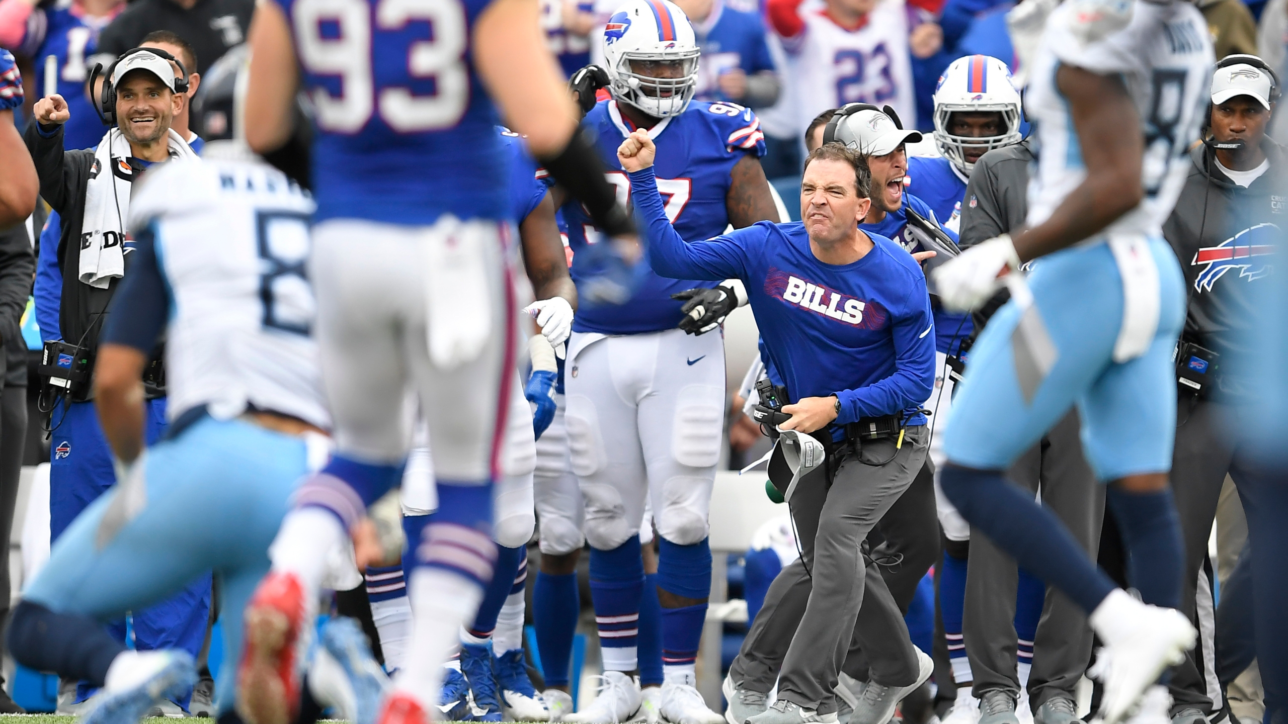 Titans Bills Football_1539052941915
