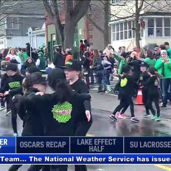 Green_Beer_Sunday_kicks_off_St__Patrick__8_20190226165231