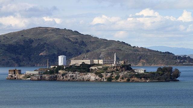 OTD December 16 - Alcatraz escape_2327091628208041-159532