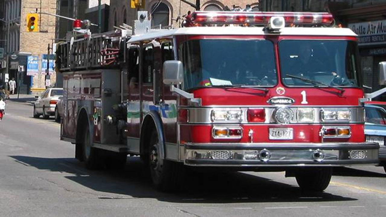 Fire truck-159532.jpg56976424