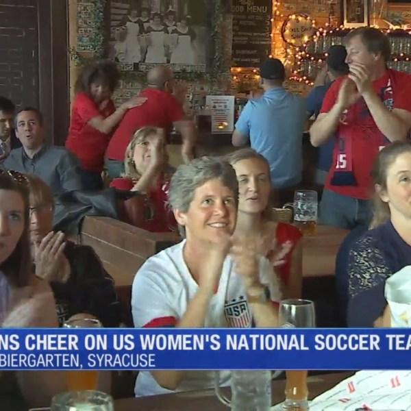 Local_fans_cheer_on_U_S__Women___s_Natio_0_20190611221615
