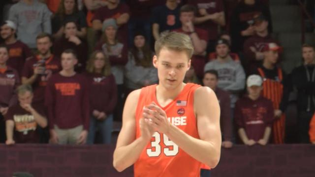Syracuse holds off Pittsburgh 69-61, extends winning streak to five games