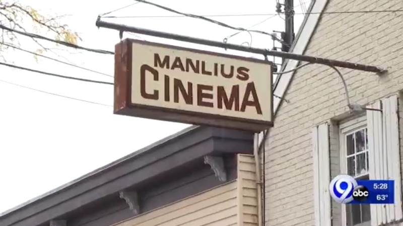 manlius cinema sign