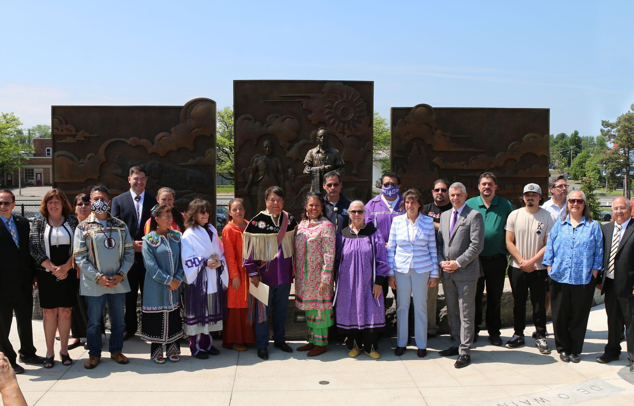 Oneida statue unveiling
