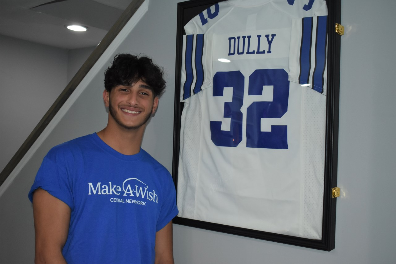Dully with jersey